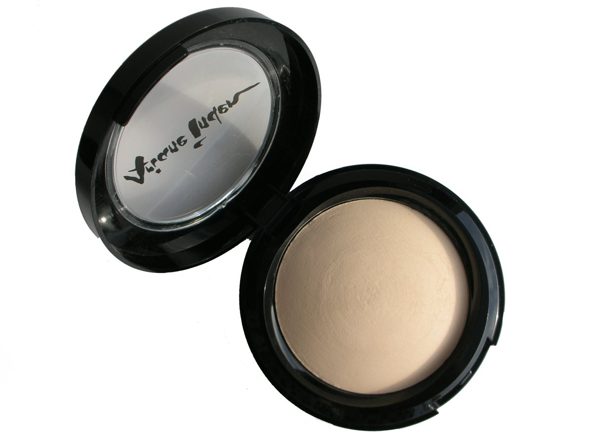 Ariane Inden Baked Hydrating Powder Foundation - Fair - Foundation