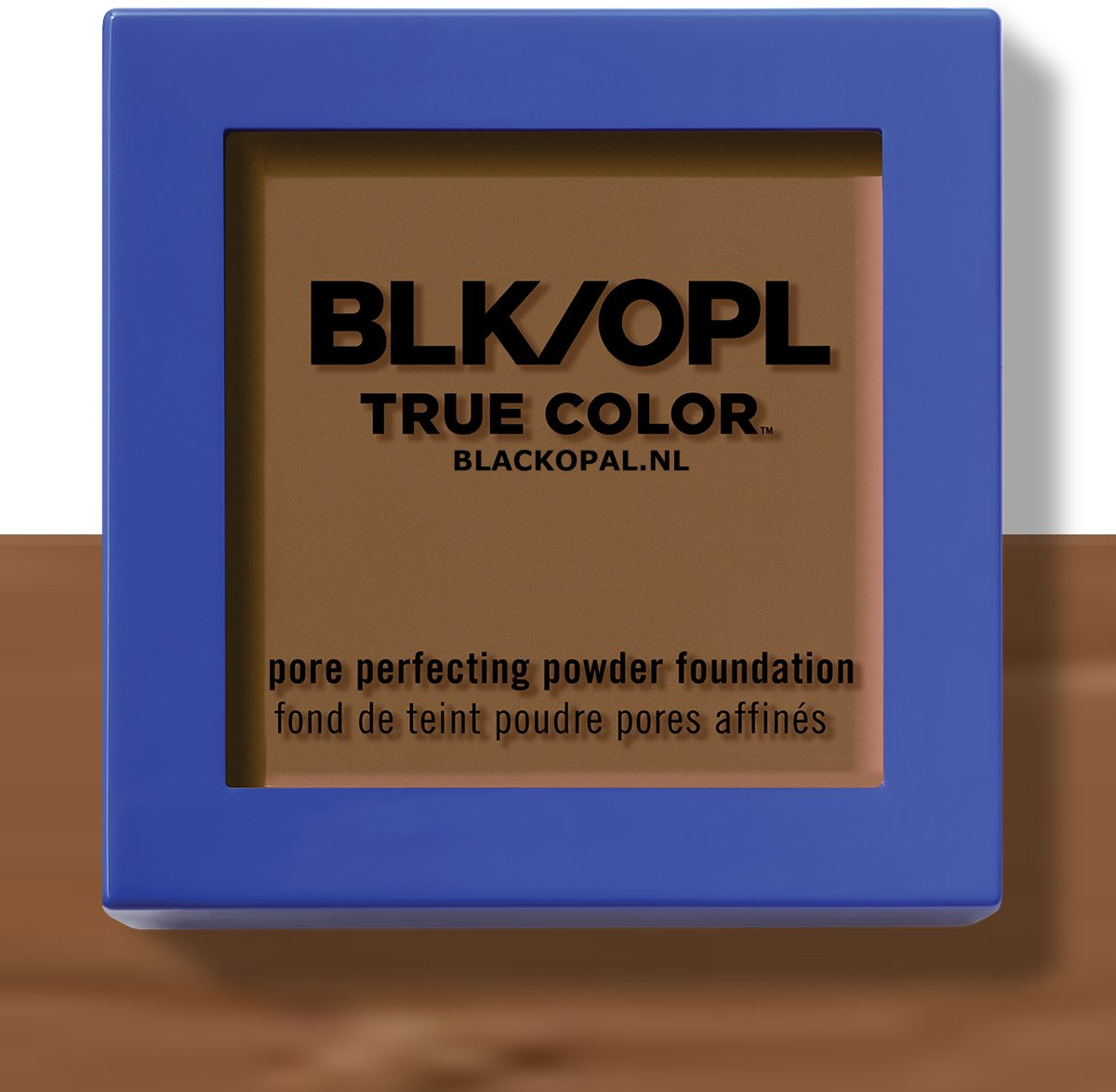 Black Opal True Color Mineral Matte Crème-to-Powder Foundation SPF15 – Nutmeg  (420) – met Shade ID