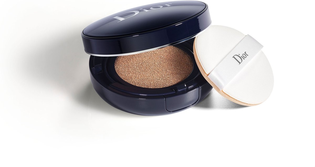Dior - Diorskin Forever Perfect Cushion Foundation - 040 Honey Beige